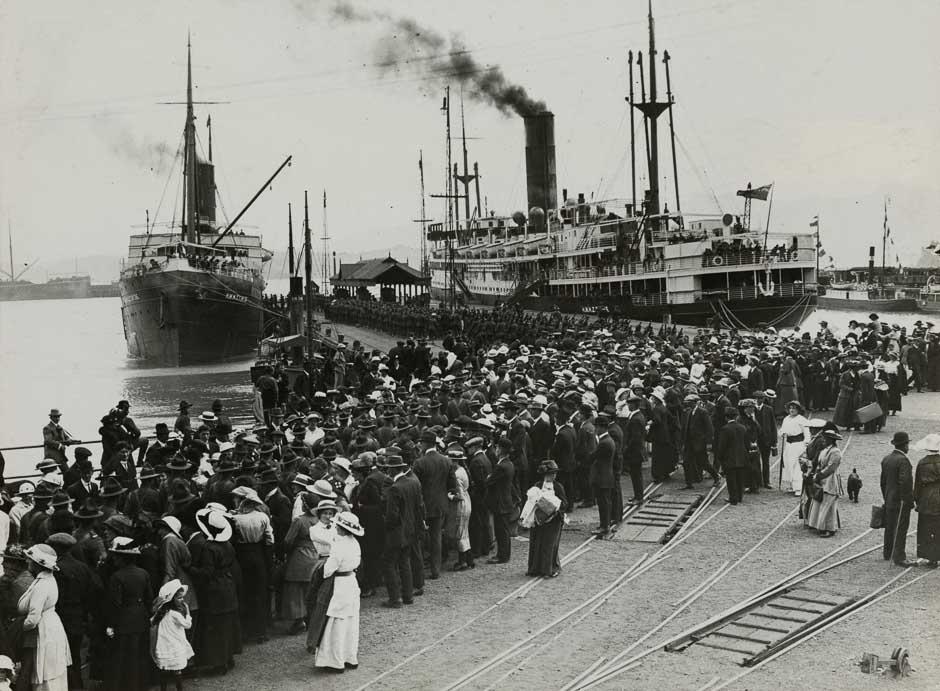 troopships-departing-nz