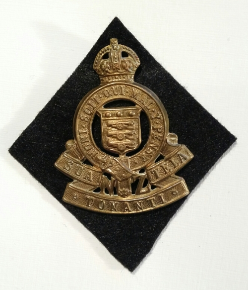 1947-55 RNZAOC Badge (Standard Brass) on Kayforce black diamond. Robert Mckie collection