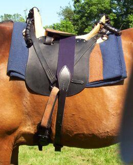 saddle07